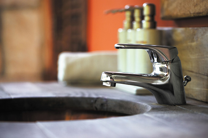 A2B Plumbers are able to fix any leaking taps you may have in Friern Barnet.